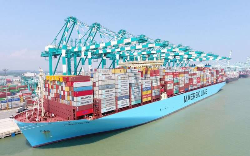 Attached picture 1280x800-mumbaimaersk_world-highest-load_18_pic-4-800x500.jpg
