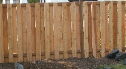 recycled-pallet-fence.jpg
