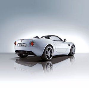 Alfa_8C_Spider_rear.jpg