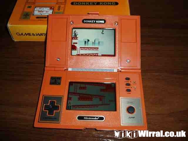 nintendo-game-and-watch-dk-52-front.jpg