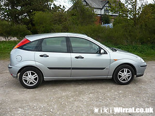 2005-FORD-FOCUS-1-8-ZETEC-AC-5-DOOR-SILVER-TAXED-TESTED-20120705010736.jpg