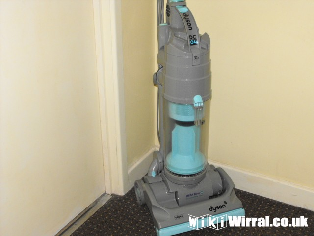 Dyson Dc 04i Upright Vacuum Cleaner For Sale Items